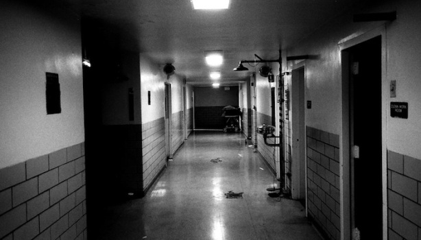 man_file_1054728_creepyhospital_hall